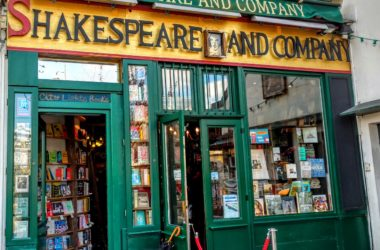 Entrance to the Shakespeare and Company bookstore